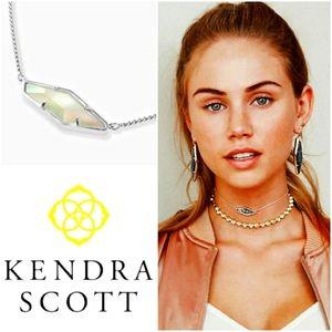 NWT💎KENDRA SCOTT Beth Pendant/Choker Necklace